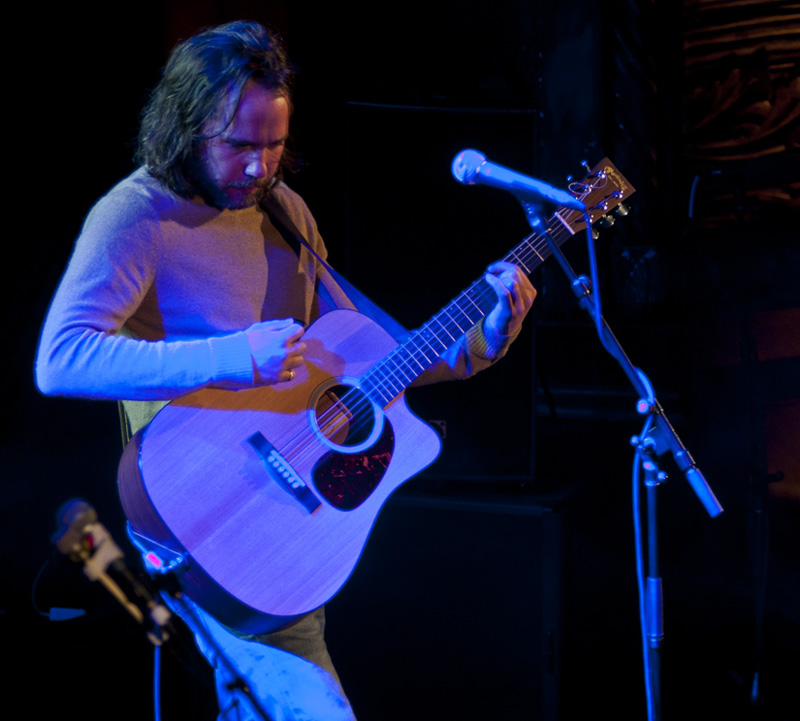 Photo of Kevin Drew at Tarrytown Music Hall