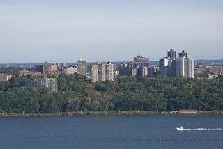 Bronx Apartments and Hudson River